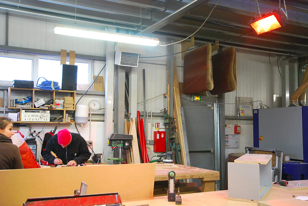 zona produttiva industriale riscaldata dai riscaldatori elettrici a raggi infrarossi atex helios radiant safe industry di star progetti