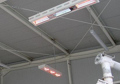 capannone industriale riscaldato dalle lampade a infrarosso helios radiant hp3 di star progetti fissate a soffitto