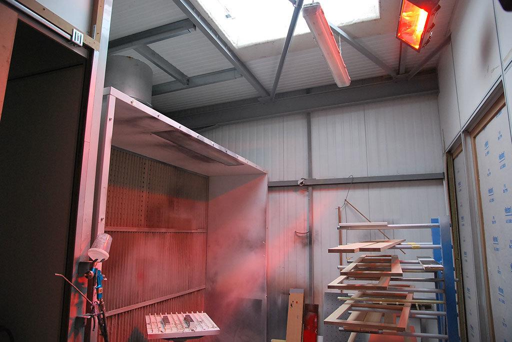 capannone industriale a rischio di incendio viene riscaldato con lampade a infrarossi atex di star progetti
